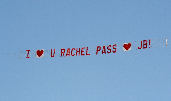 AirSign Aerial Advertising Helps on Valentine&#039;s Day